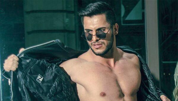 Стефано Суарос снялся в рекламном ролике мирового бренда Calvin Klein - Sputnik Азербайджан