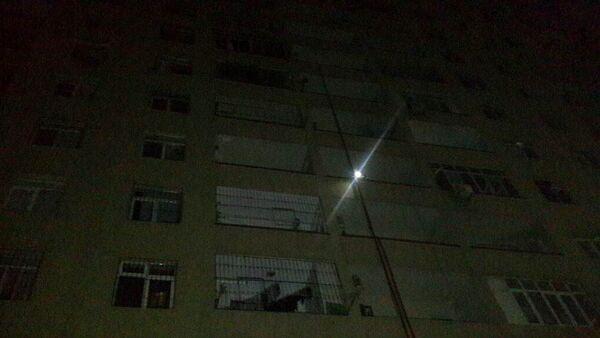 Binəqədi rayonunda yerləşən yeni tikilidə baş vermiş yanğın - Sputnik Azərbaycan