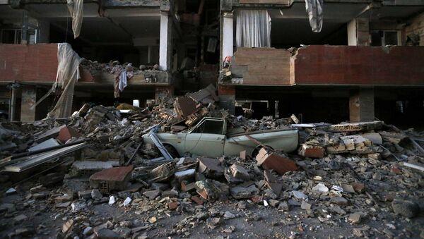 Последствия землетрясения в Иране - Sputnik Азербайджан