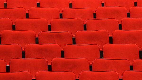 Зрительный зал в театре, фото из архива - Sputnik Азербайджан