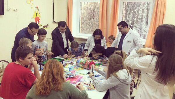 Акция Дня борьбы с диабетом в московском университете - Sputnik Азербайджан