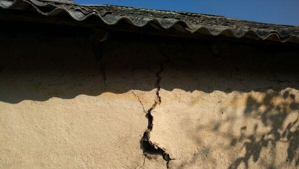 Последствия землетрясения, архивное фото - Sputnik Азербайджан