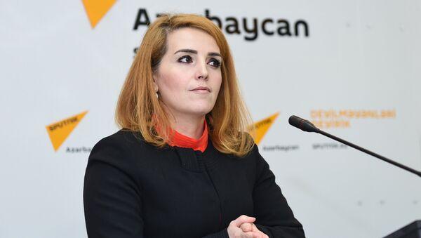 Председатель Института молодых демократов Егяна Гаджиева - Sputnik Азербайджан