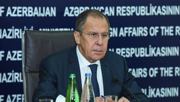 Министр иностранных дел России Сергей Лавров во время пресс-конференции в Баку - Sputnik Азербайджан