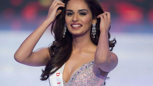 Представительница Индии Мануши Чхиллар, завоевавшая титул Мисс Мира-2017 - Sputnik Азербайджан