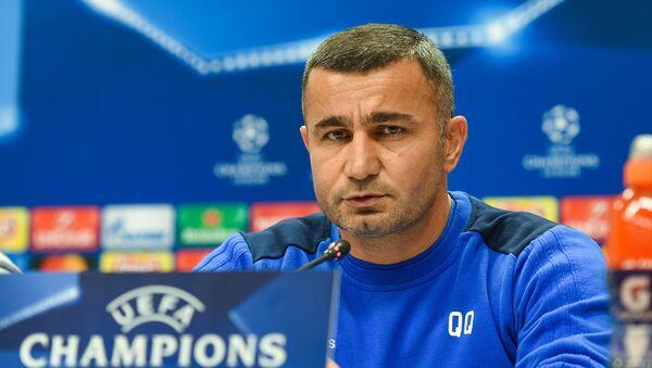Главный тренер азербайджанского клуба Карабах Гурбан Гурбанов - Sputnik Азербайджан