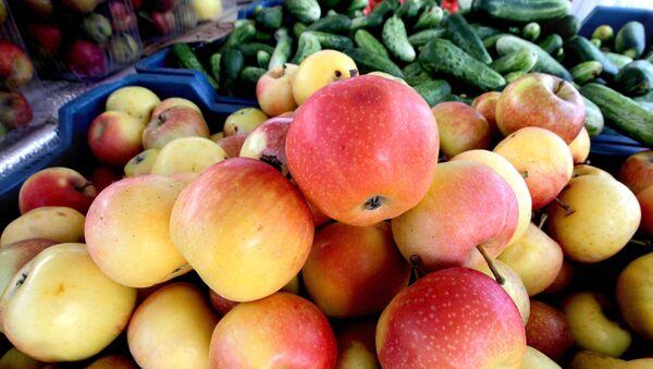 Яблоки, фото из архива - Sputnik Азербайджан