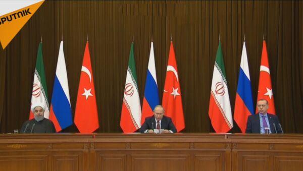 LIVE: Заявление для прессы лидеров России, Ирана и Турции по итогам встречи в Сочи - Sputnik Азербайджан