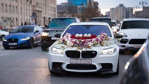 Свадебный кортеж в Баку, фото из архива - Sputnik Азербайджан