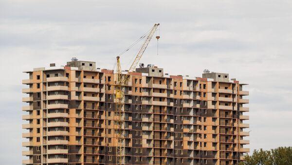 Строительство многоэтажного дома, фото из архива - Sputnik Азербайджан