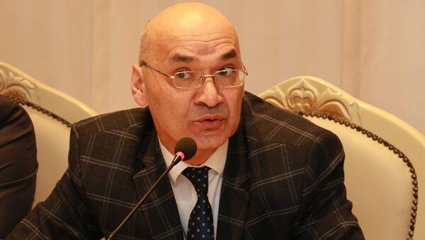 Президент Интернет-форума Азербайджана Осман Гюндуз - Sputnik Азербайджан