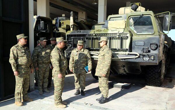 Проверен уровень боеготовности ракетных и артиллерийских подразделений в прифронтовой зоне - Sputnik Азербайджан