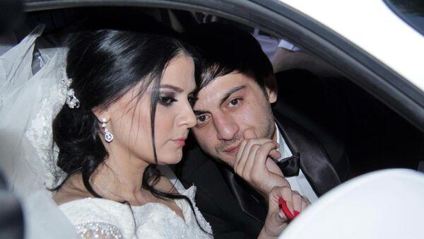 Натаван Хабиби и Суад Алиев в день свадьбы - Sputnik Азербайджан