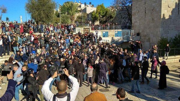 Ситуация у Дамасских ворот в Иерусалиме, 8 декабря 2017 - Sputnik Азербайджан