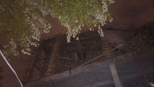 Bakının N. Nərimanov rayonunda tikilməkdə olan binanın bir hissəsi uçub - Sputnik Azərbaycan
