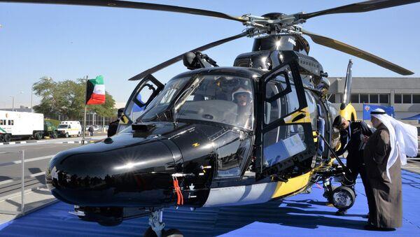 Вертолет Airbus H225 министерства внутренних дел Кувейта на международной выставке вооружения и военной техники Gulf Defence & Aerospace-2017 в Эль-Кувейте - Sputnik Азербайджан