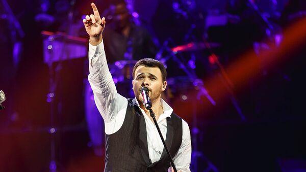 Эмин Агаларов в ходе концерта во Дворце Гейдара Алиева в Баку - Sputnik Азербайджан