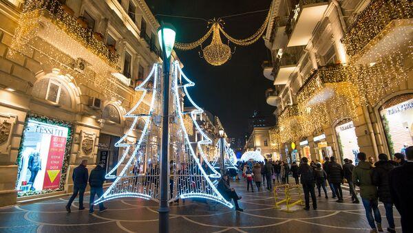 Празднование Нового года в Баку - Sputnik Azərbaycan