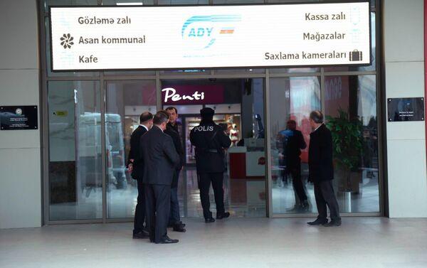 Поиски взрывного устройства на Бакинском железнодорожном вокзале - Sputnik Азербайджан
