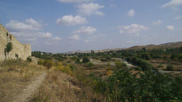 Крепость в оккупированном Арменией городе Аскеран, фото из архива - Sputnik Азербайджан