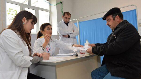 В Габалинском районе проведены медицинские обследования в связи с онкологическими заболеваниями - Sputnik Азербайджан