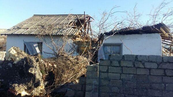 Последствия сильного ветра в Гейчае - Sputnik Азербайджан