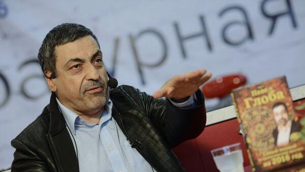 Астролог Павел Глоба, фото из архива - Sputnik Азербайджан