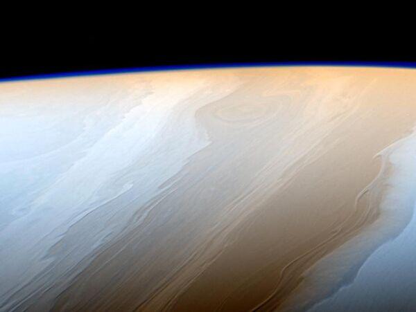 Живописные облака на Сатурне - Sputnik Азербайджан