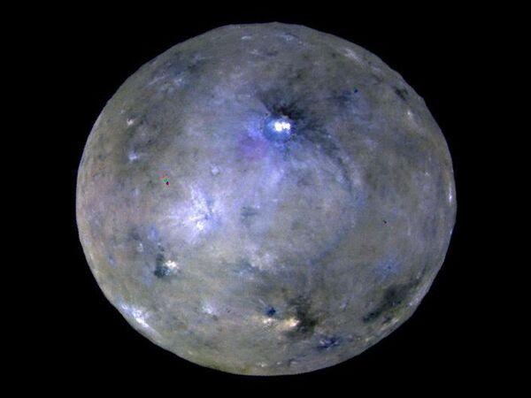 Карликовая планета Церера, снятая космическим аппаратом Dawn - Sputnik Азербайджан