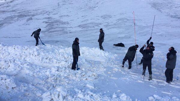 Поиски пропавших в горах трех азербайджанских альпинистов, архивное фото - Sputnik Азербайджан