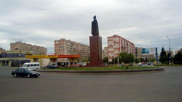 Центральная площадь в городе Гардабани (Гаратепе), Квемо-Картли, Грузия, фото из архива - Sputnik Азербайджан