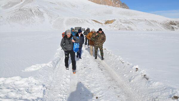 Поиски пропавших на территории Губинского района альпинистов, фото из архива - Sputnik Азербайджан