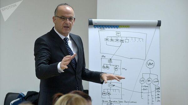 Главный эксперт ЕОК по спорту Асимакис Асимакопулос - Sputnik Азербайджан