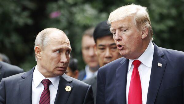 Владимир Путин и Дональд Трамп, фото из архива - Sputnik Азербайджан