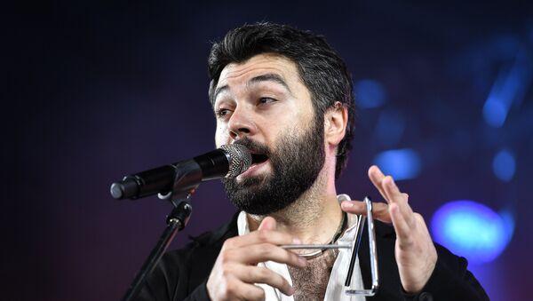 Российский певец Алексей Чумаков - Sputnik Азербайджан