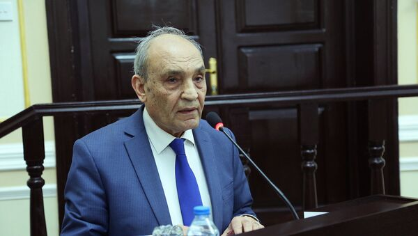 Möhsün Nağısoylu - AMEA Dilçilik İnstitutunun direktoru - Sputnik Azərbaycan