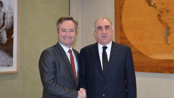 Министр иностранных дел Эльмар Мамедъяров встретился с  Жан-Батистом Лемуан - Sputnik Азербайджан