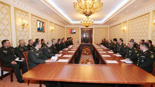 Оперативное совещание, посвященное итогам служебно-боевой деятельности Внутренних войск в 2017 году - Sputnik Азербайджан
