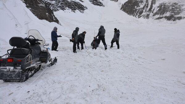 Поиски пропавших на территории Губинского района альпинистов, архивное фото - Sputnik Азербайджан