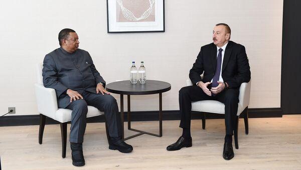 İlham Əliyev Davosda OPEC-in baş katibi ilə görüşüb - Sputnik Azərbaycan