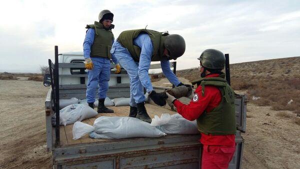 Операция по обезвреживанию снарядов на территории поселка Г.З.Тагиева в Сумгайыте - Sputnik Азербайджан