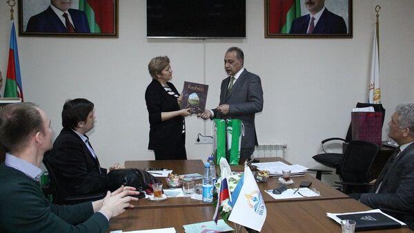 Подписание соглашения о сотрудничестве между Фондом Bilik и Департаментом образования города Москвы - Sputnik Азербайджан