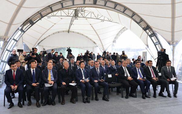 Церемония закладки фундамента нового учебного Центра профессиональной подготовки - Sputnik Азербайджан