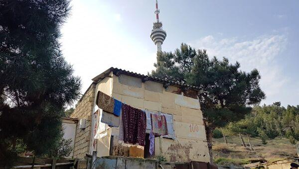 Səbail rayonu Bayıl yamacında qanunsuz tikililər - Sputnik Azərbaycan