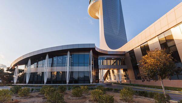 В Международном аэропорту Гейдар Алиев состоялось официальное открытие Центра эффективности использования воздушного пространства, стратегии и развития Азербайджана - Sputnik Азербайджан
