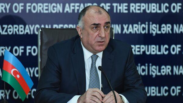 Министр иностранных дел АР Эльмар Мамедъяров во время пресс-конференции в Баку - Sputnik Азербайджан