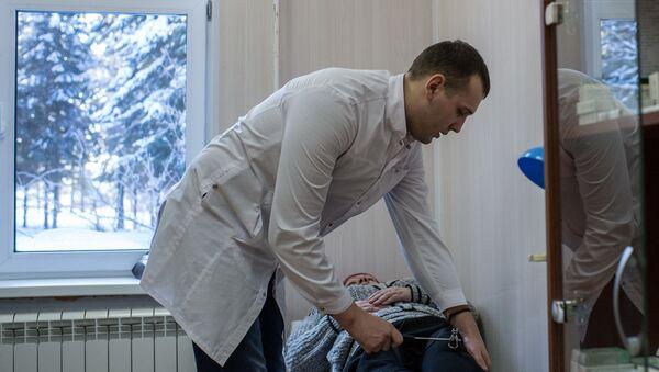 Медицинское обследование, фото из архива - Sputnik Азербайджан