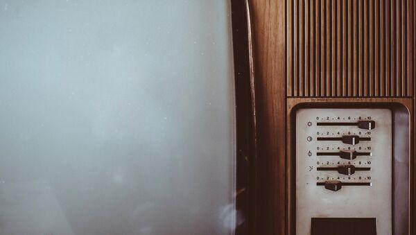 Старый телевизор, фото из архива - Sputnik Азербайджан