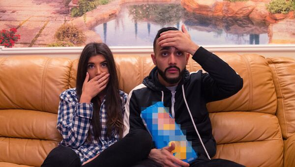 Известный российский блогер азербайджанского происхождения Гусейн Гасанов и его возлюбленная - Sputnik Азербайджан