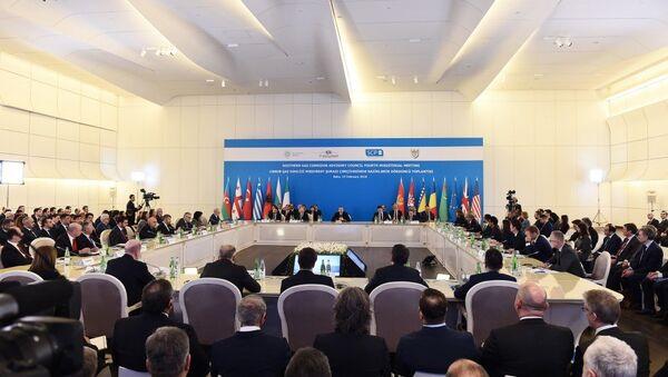 В Баку в рамках Консультативного совета Южного газового коридора проходит четвертое заседание министров - Sputnik Азербайджан